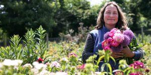 eden-gardener-flowers